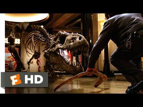 night-at-the-museum-(1/5)-movie-clip---throw-the-bone-(2006)-hd