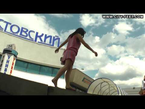 City-Feet.com - A tiny barefoot girl - Olga [3]