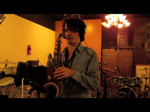 "Trioscapes ""Digital Dream Sequence"" studio video"