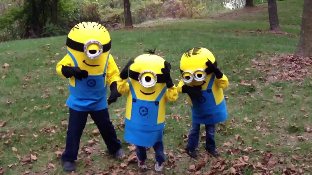 & 2013 Homemade Minion Costume Paper Mache - YouTube