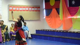Bollywood Dance - Dole Bhaje GHPS Diwali 2014