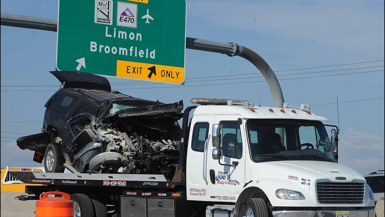 Fatal accident on I-25 snarls northbound traffic at E-470 interchange