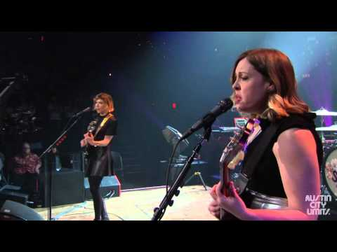 Watch Sleater-Kinney's Career-Spanning 'Austin City Limits' Set