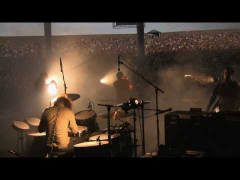 Nine Inch Nails - Piggy (Nothing Can Stop Me Now) - Backstage at the NIN|JA Tour - 5.30.09 mp3