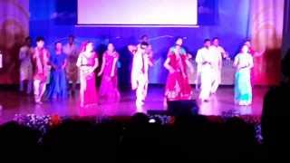 korean dancing in indian songs MAHI VE ( IYF) 2013