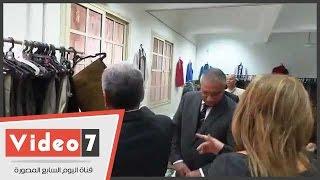 وزير التنمية يداعب جابر نصار:
