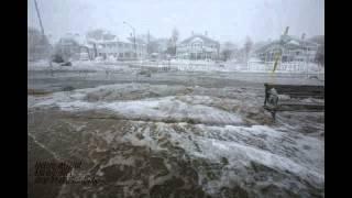 Blizzard brings Coastal flooding near Swamp Scott, MA Feb 9, 2013 Clip 2
