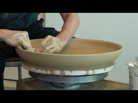 5. Throwing a Large Platter on the Pottery Wheel with Hsin-Chuen Lin