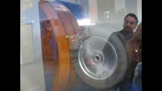 Испытание при качении (Rolling test) колёсных дисков WSP Italy (video 2)(Лаборатория компании ACACIA srl, производителя легкосплавных колесных дисков WSP Italy, г. Эболи, Италия. В индустри..., 2013-06-06T06:42:48.000Z)