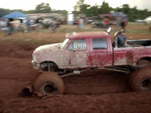 HUGE Ford F350 DIESEL 4X4 MUD TRUCK EPIC STUCK IN MUD BOG