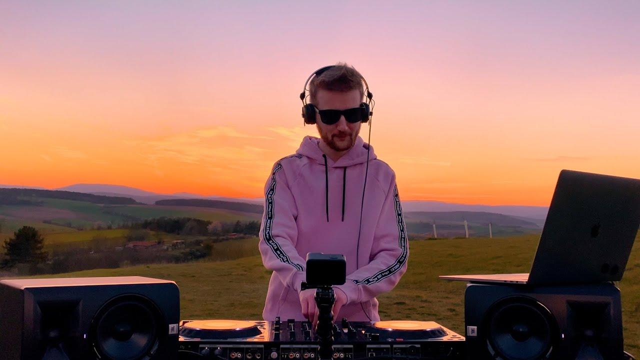Download Avicii, Jonas Blue, Kygo, Calvin Harris, Alok, Robin Schulz - Summer Vibes Deep House Mix