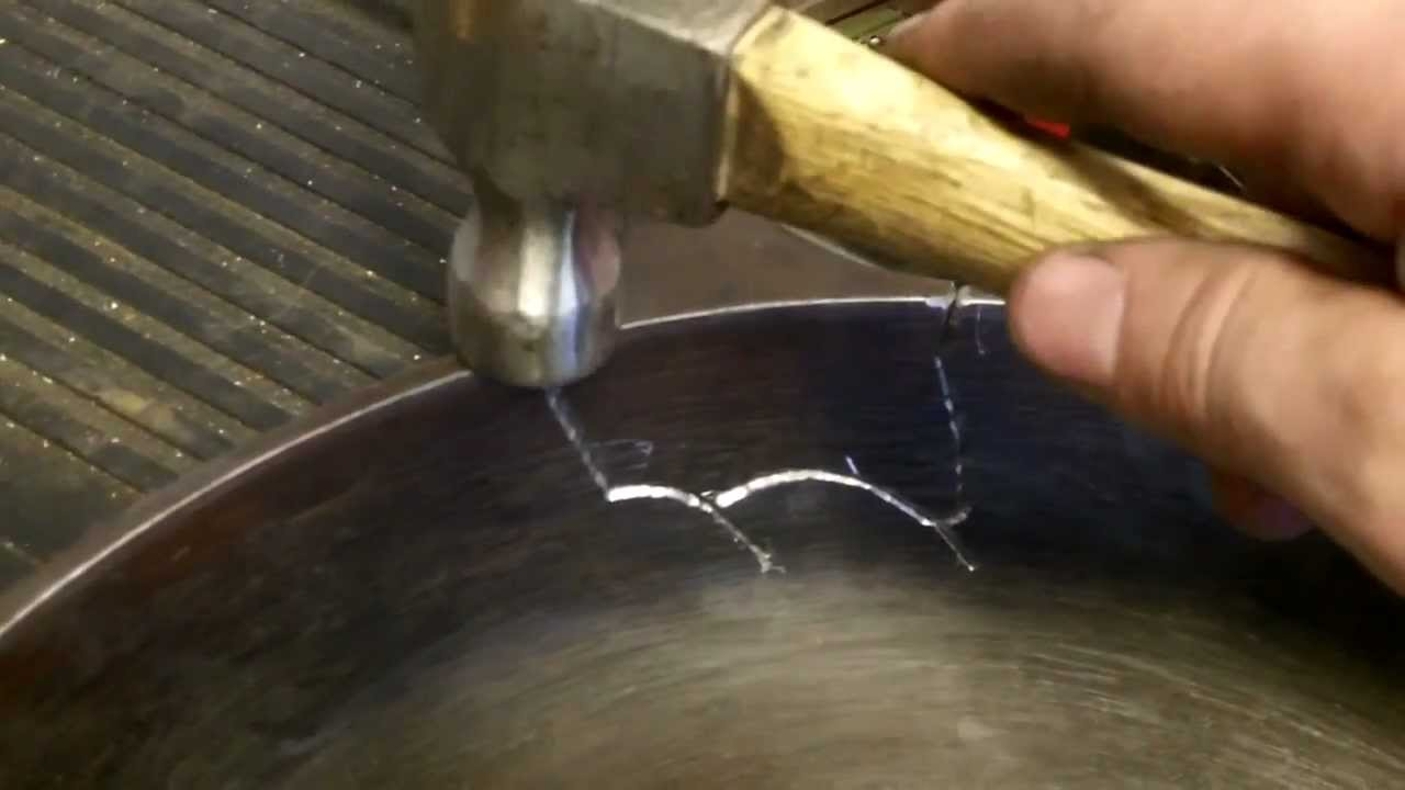 Broken Cast Iron Pan Repair / Welding, self reliance - YouTube