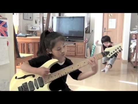 Japanese 7 years old girl plays GREENTINTED SIXTIES MIND    LisaX  feat Kazmyft2