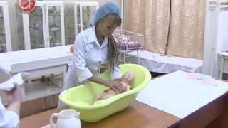 Как купать малыша(, 2009-12-15T12:31:53.000Z)