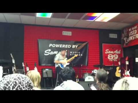 """Chris Steberl - Sam Ash """"Best in Shred"""" Contest Winner Columbus,Ohio"""