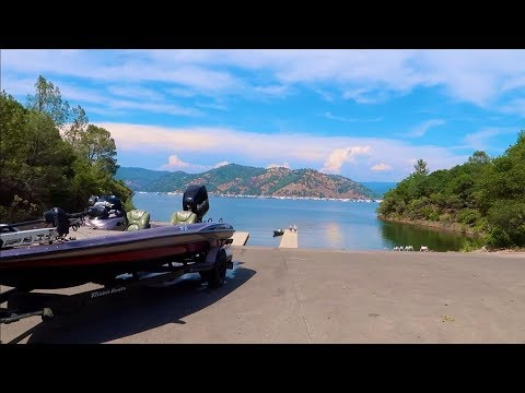 Lake Oroville Is FULL And The Fish Are BITING!