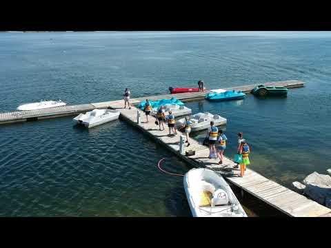 Location de bateaux électriques et pédalos à la base de loisirs de Lery Poses