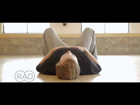rad-roller---the-everywhere-massage-tool---upper-back-(t-spine)