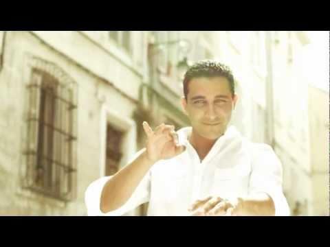 L'Algérino - Avec Le Sourire (Clip Officiel HD)