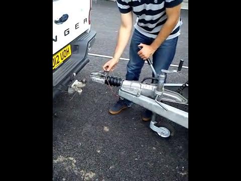 B+E Trailer Towing Test Re coupling/Uncoupling - 2018