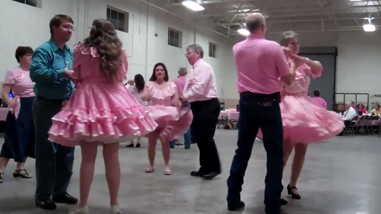 Decatur 8Ers In The Pink Square Dance 1 With Mike Bramlett -4322