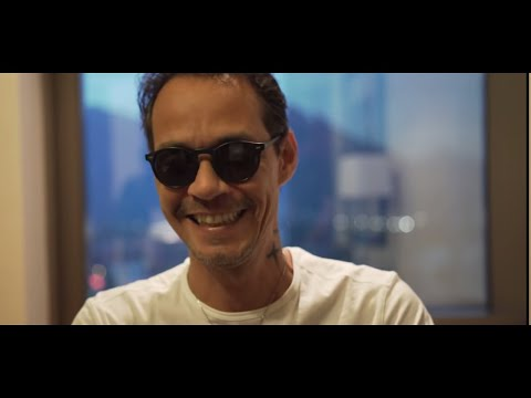 Marc Anthony impersonating Will Smith | Está Rico