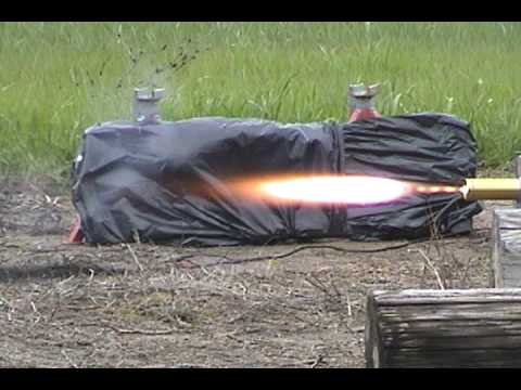 Experimental solid fuel rocket motors static tests