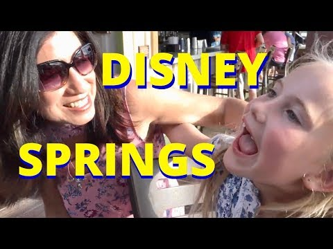 DISNEY SPRINGS  Tour - live DISNEY music - Chocolate - D-Luxe Burgers - Sights and Sounds