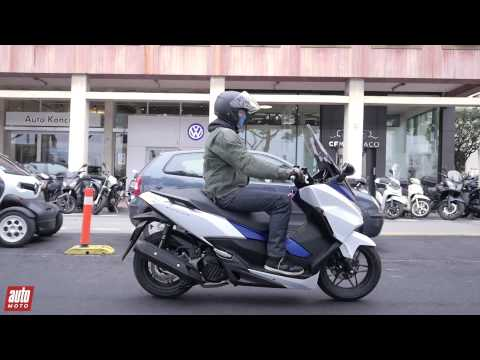 2015 honda forza 125 essai automoto youtube. Black Bedroom Furniture Sets. Home Design Ideas