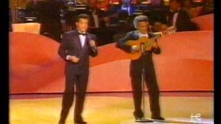 Carlos Cuevas: Un bolero (México, Festival de la OTI 1990)