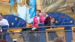 crazy bulls  fair ride ( so funny.)