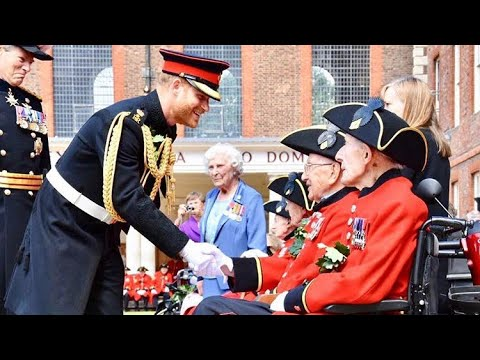 Duke Of Sussex Prince Harry Visits Royal Hospital Chelsea & Makes Speech! Founder's Day Parade 2019