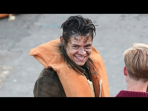 "Christopher Nolan Compares Harry Styles In ""Dunkirk"" To Heath Ledger In ""The Dark Knight"""