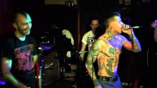Pipes And Pints - Runaway (Live) 13.12.2012