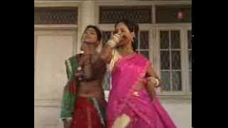 Repeat youtube video Baali Umar Mein Laaye Gavnva [ Bhojpuri Video Song ] Launda Badnaam Huaa - Tara Bano Faizabadi