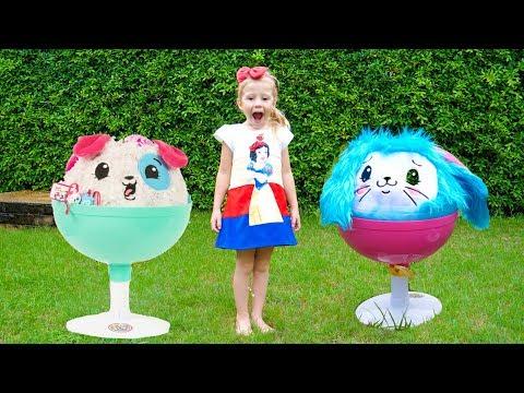 Настя и забавные игрушки играют на детской площадке Видео для детей - Видео приколы ржачные до слез