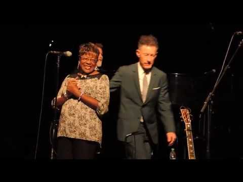 Francine Reed with Lyle Lovett's Large Band
