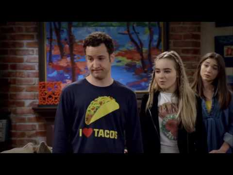 Girl Meets World - 3x12 - GM Bear: The group (Auggie: Pay attention to me)