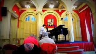 Comeptition Amateur piano
