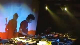 DJ VIKTOR vs DJ HORS D