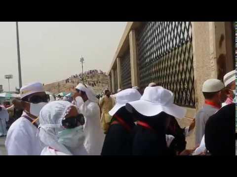 Doa Ziarah Kubur Yang Diajarkan Nabi Muhammad SAW