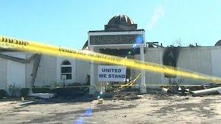 Americans unite to rebuild burned Texas mosque