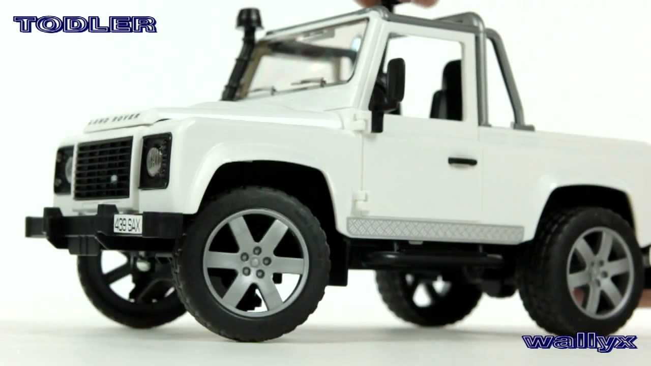 bruder 02591 land rover defender pick up youtube. Black Bedroom Furniture Sets. Home Design Ideas