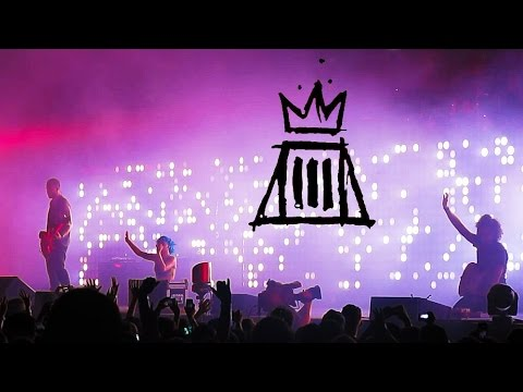 Paramore - Let the Flames Begin and Part II Live // MONUMENTOUR Tampa, FL //