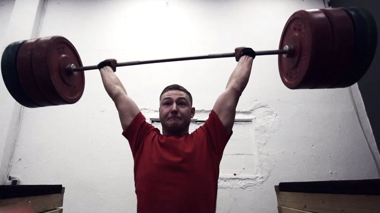 Powerlifter & Strongman Overhead Party Crashed By Weightlifter (eng sub)