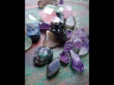 Отличаем натуральные камни от подделки