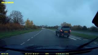 2018-11-10 - black Mitsubishi WJ04ZYB speeding to overtake