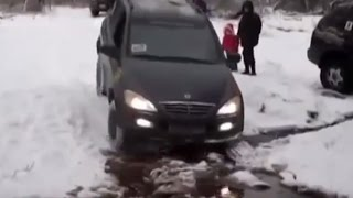 SsangYong Kyron Off road Test Drive Mud & Snow 4x4 Compilation