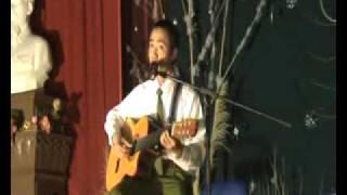 Tran Anh Tuan   Cay Dan Guitar Cua Lotka