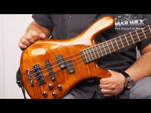 The Warwick Streamer LX - Product Demo with Andy Irvine